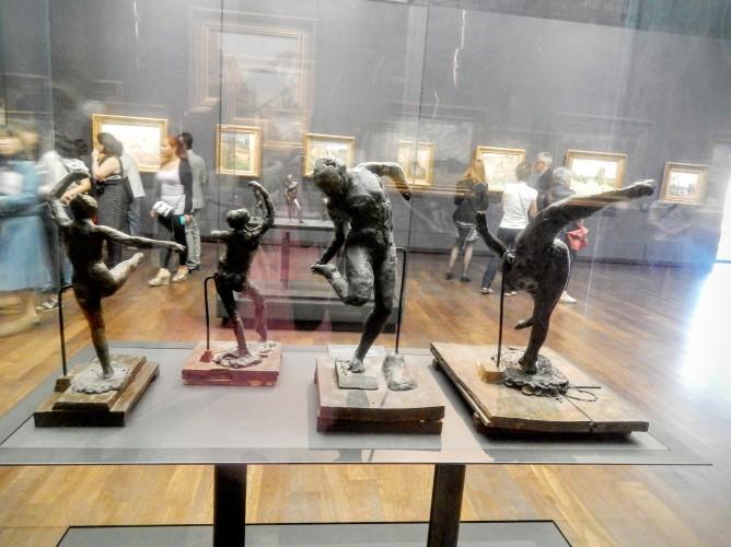Dega's dancers