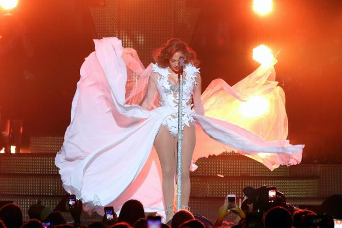 MIAMI, FL - NOVEMBER 07: Singer Jennifer Lopez performs onstage at iHeartRadio Fiesta Latina presented by Sprint at American Airlines Arena on November 7, 2015 in Miami, Florida. (Photo by John Parra/Getty Images for iHeartMedia)